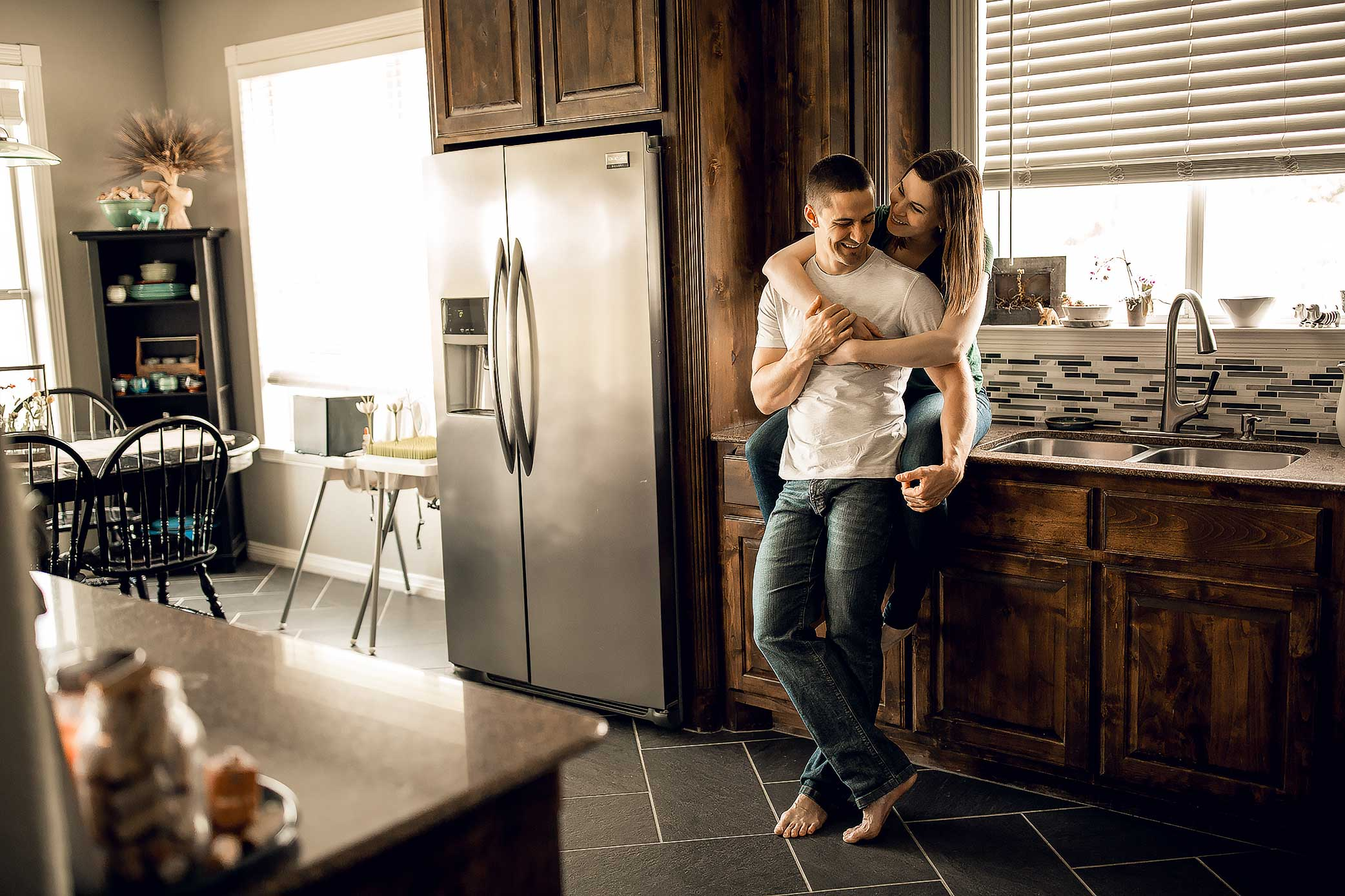 shelby-schiller-photography-lifestyle-home-couples-session-south-college-station-15.jpg