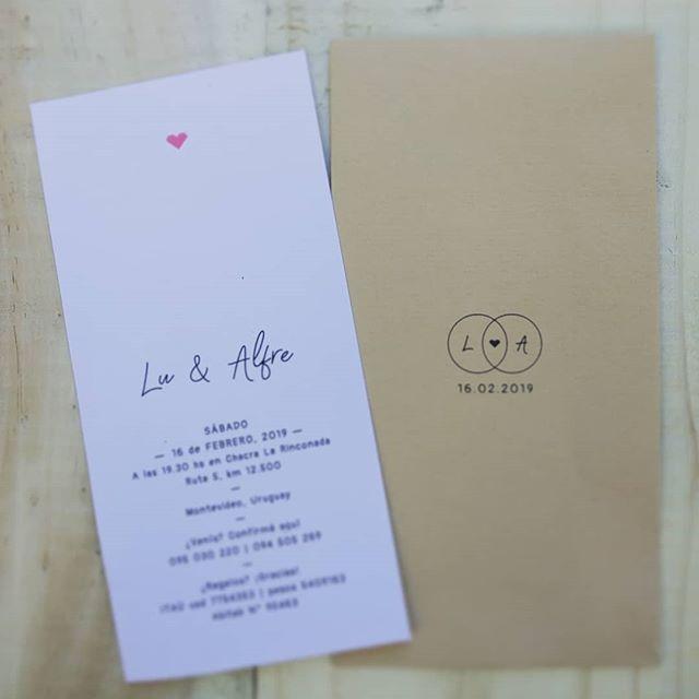 Felicidades para los recientes novios 💕 que optaron por nuestro modelo vertical y nos encantó en resultado! #boda #celebracion #hechasconamor #hechasparacompartir