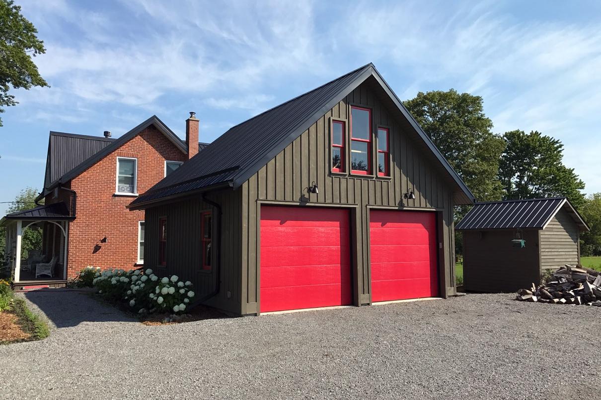 R-garage-and-porch-3.jpg
