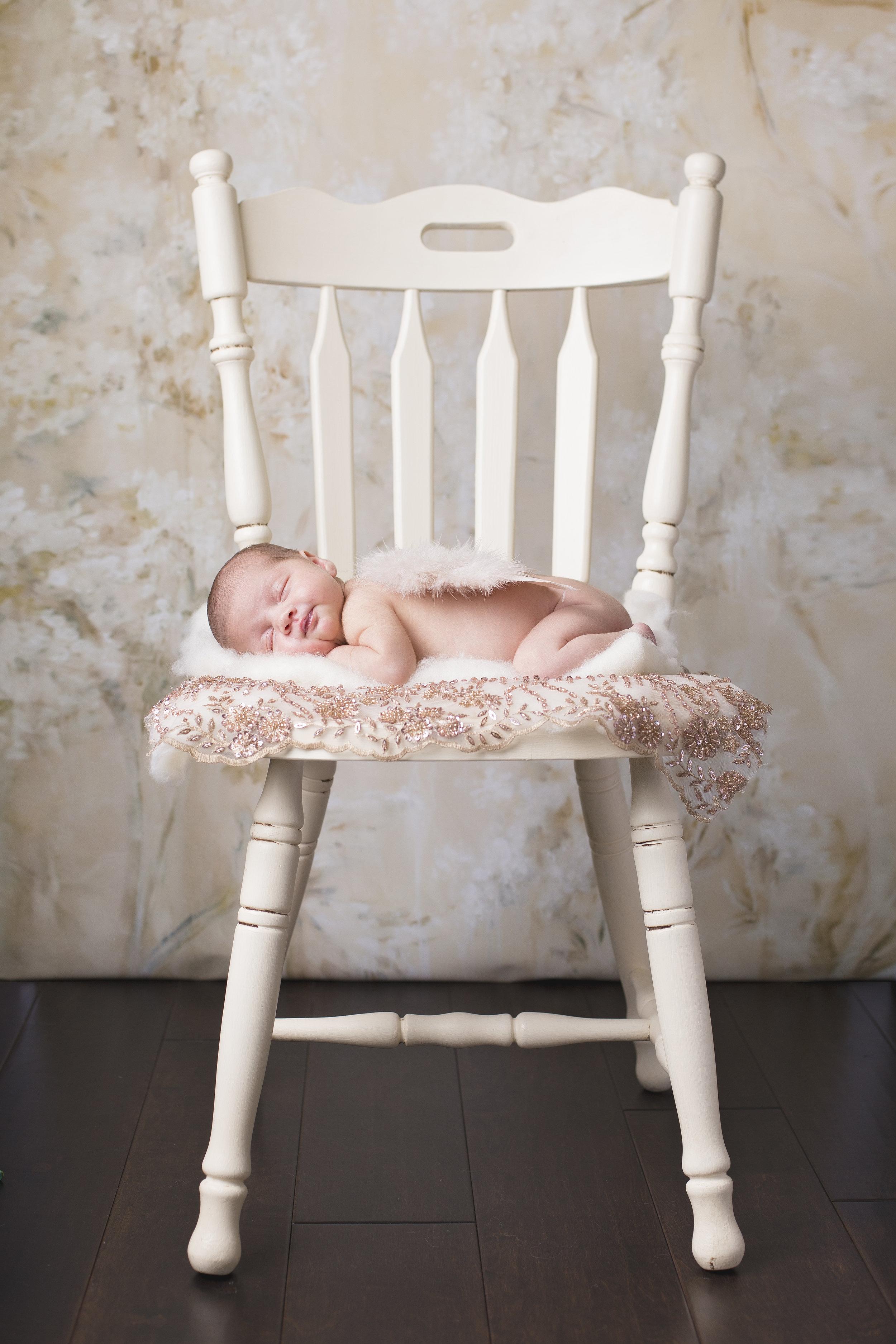 Sienna_Newborn-21.jpg