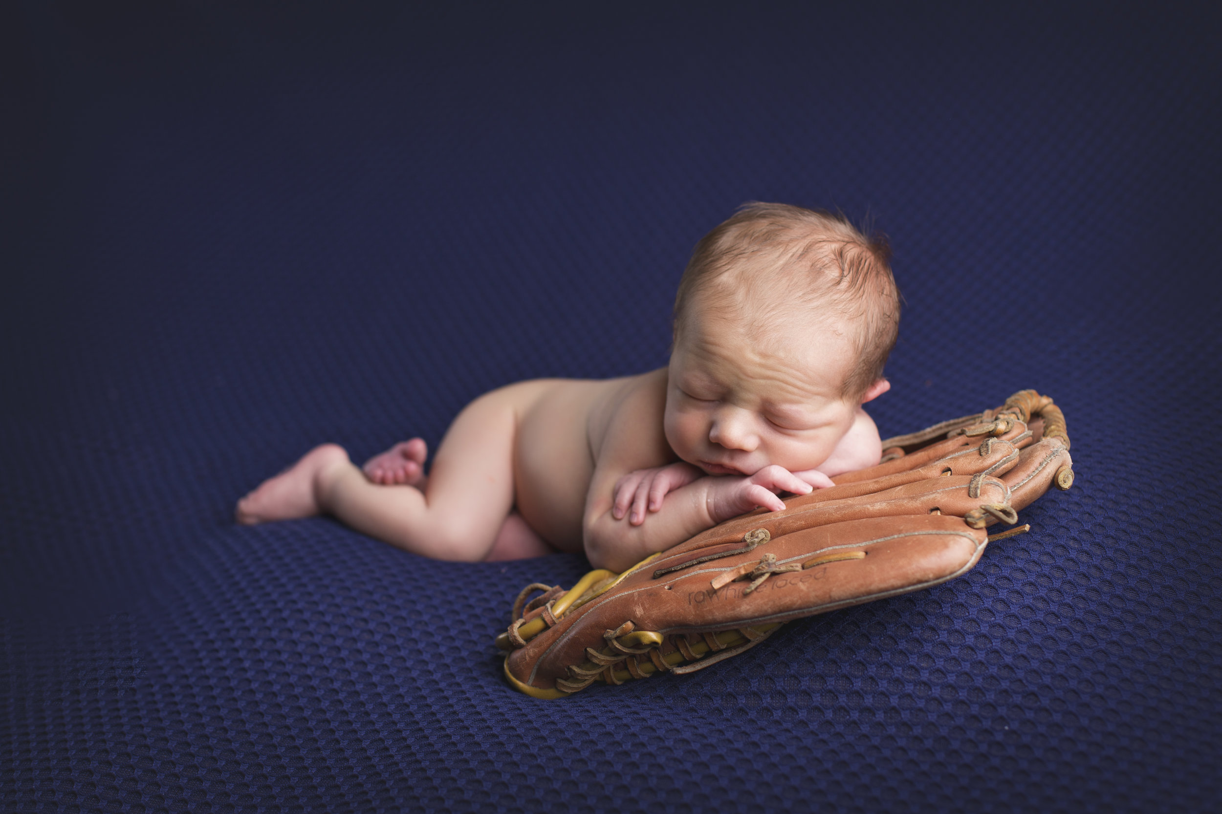 Danner_Newborn-16.jpg