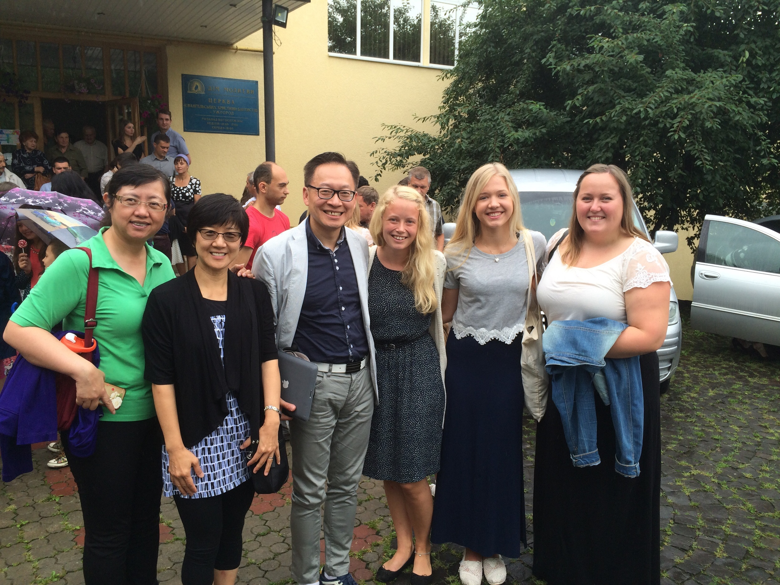 Sunday worship picture with some of our Norwegian Leaders. Left to right from centre: Hanne, Hanne and Ida.