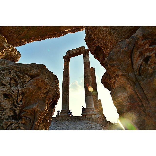 🇯🇴 The #TempleOfHercules looking pretty magnificent 💪🏻 #amman #romanruins