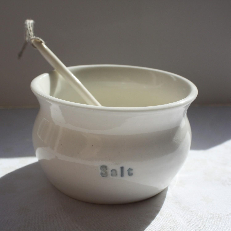 Salt Pot  porcelain