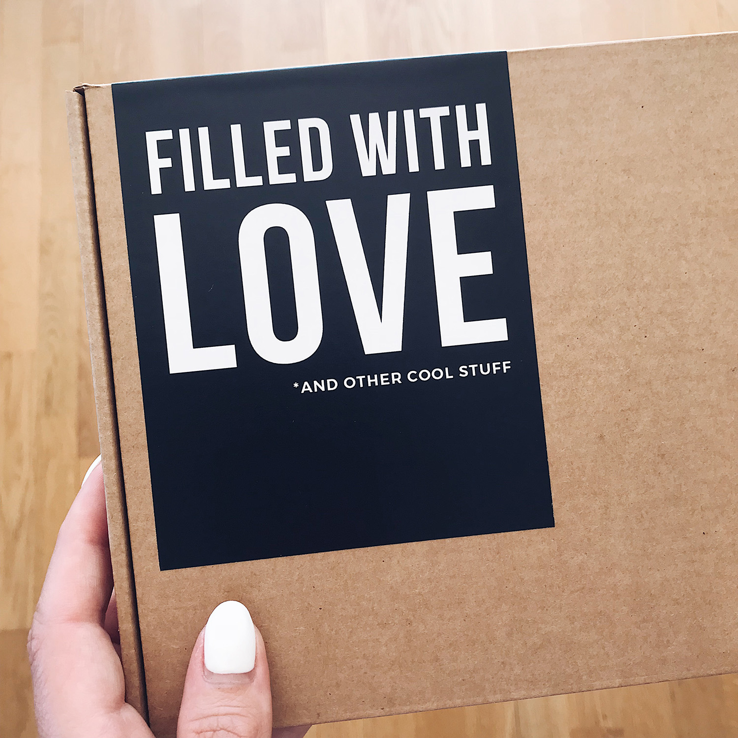 RUTH XO Packaging Box : Filled With Love