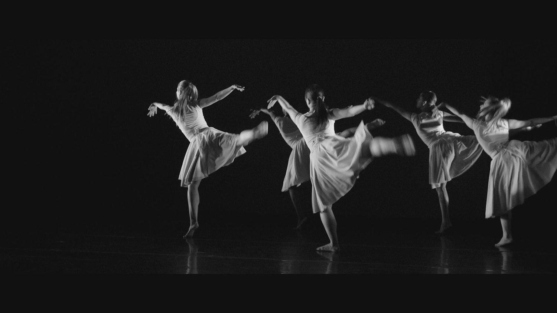 Make+Me+Dance+4.jpg