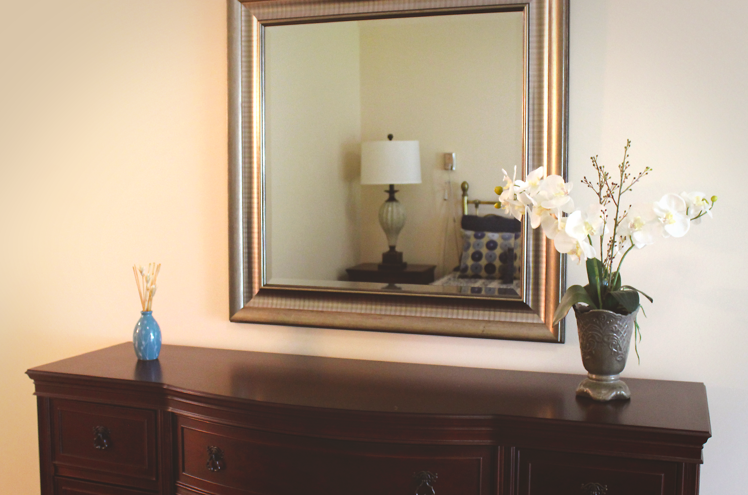 Birchmere Bedroom Mirror. Click to view larger image.
