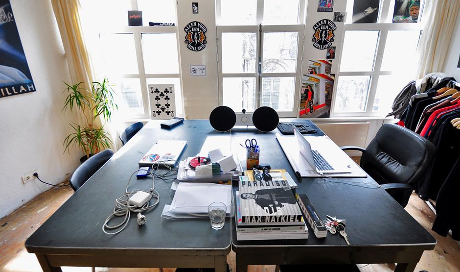 b-and-o-play-patta-gee-studio-home-02.jpg