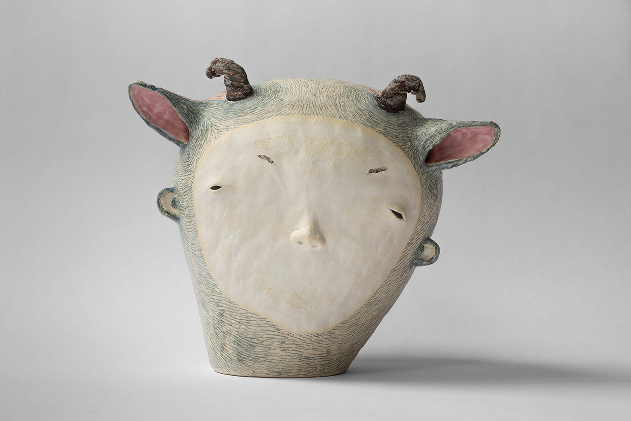 Hide, 2015 w30cm, h26cm, d19cm Glazed Earthenware