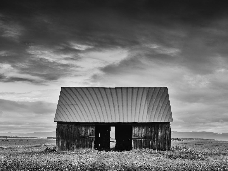 #11 Kamouraska  Lonely Barn Geraldo Pace.jpg