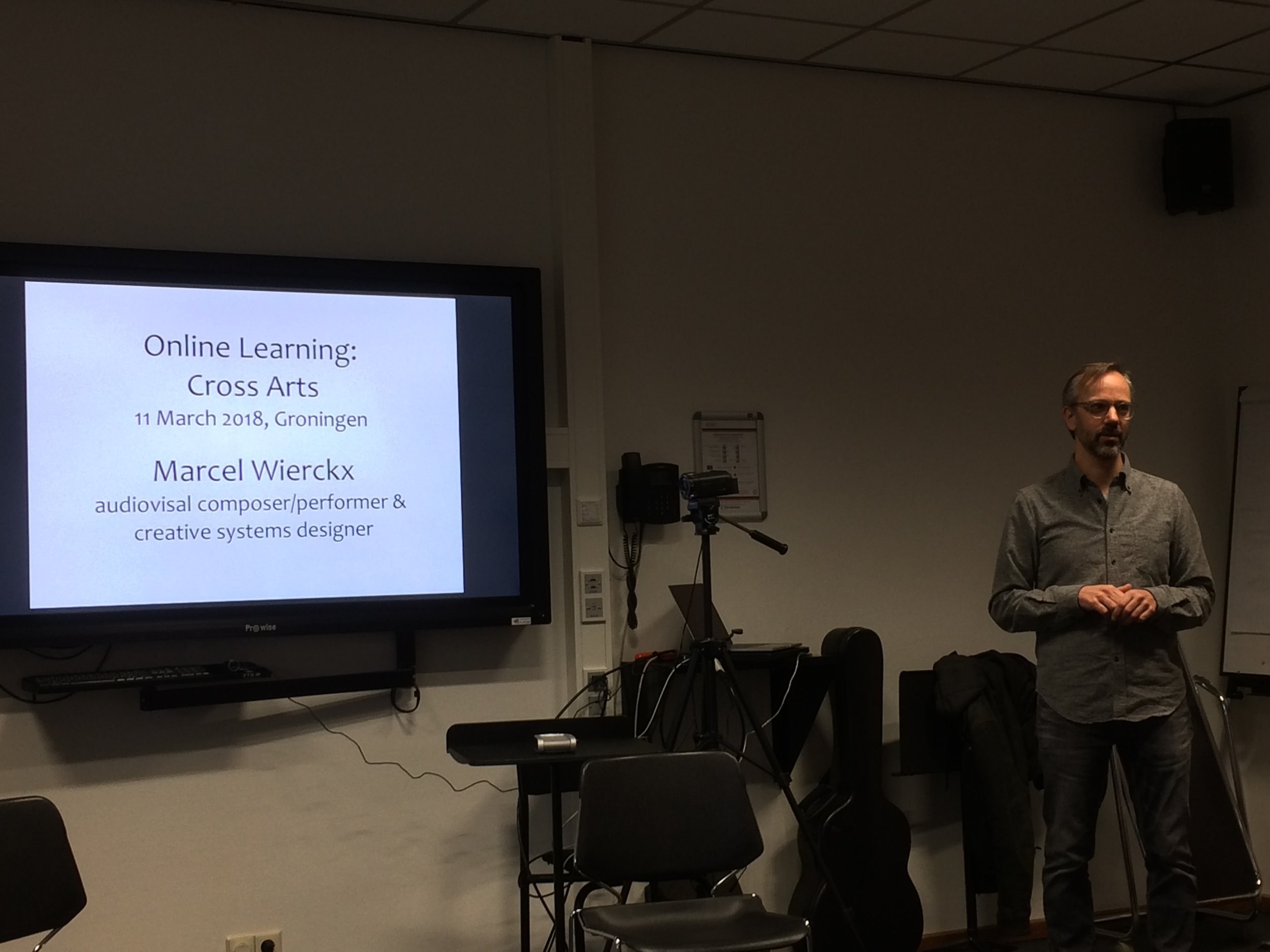 Marcel Wierickx presenting his work to the students at the 2018 Blended Mobility course.
