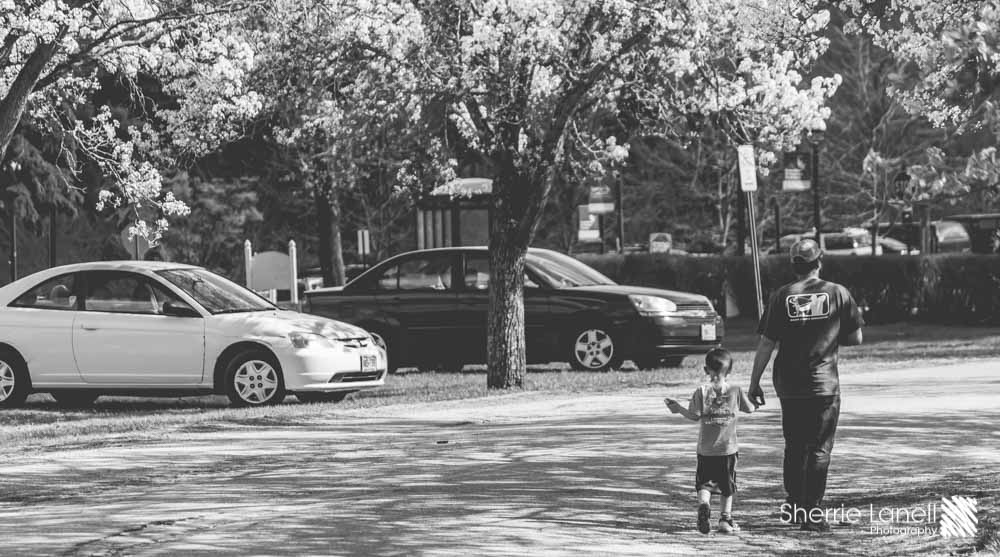 A Dad's Love - Street Photography - Sherrie Lanell Photography