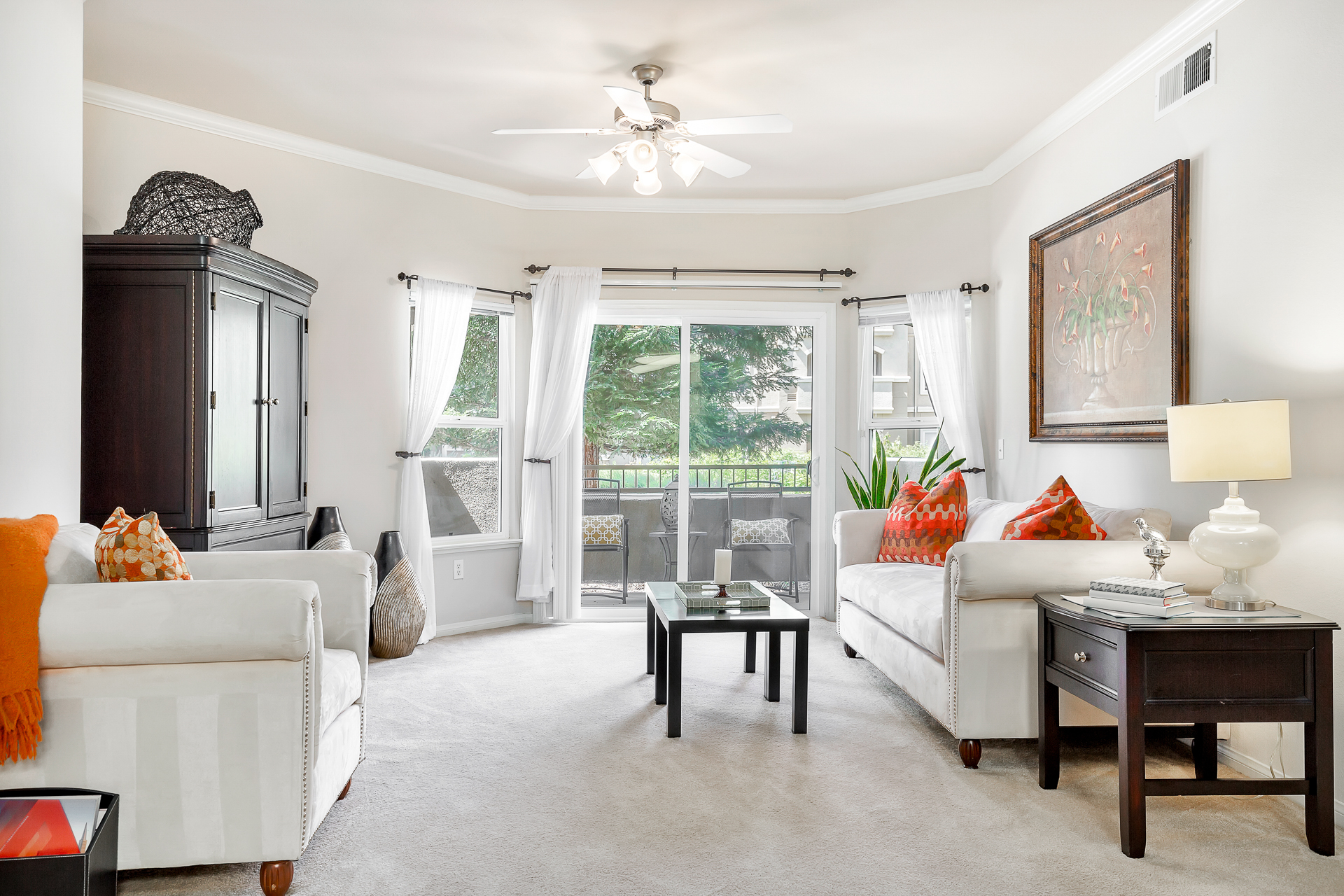 25-Sycamore-Terrace-Apartments-Photo-by-Brad-Ahlm-FairMarketPhoto-FullRes.jpg