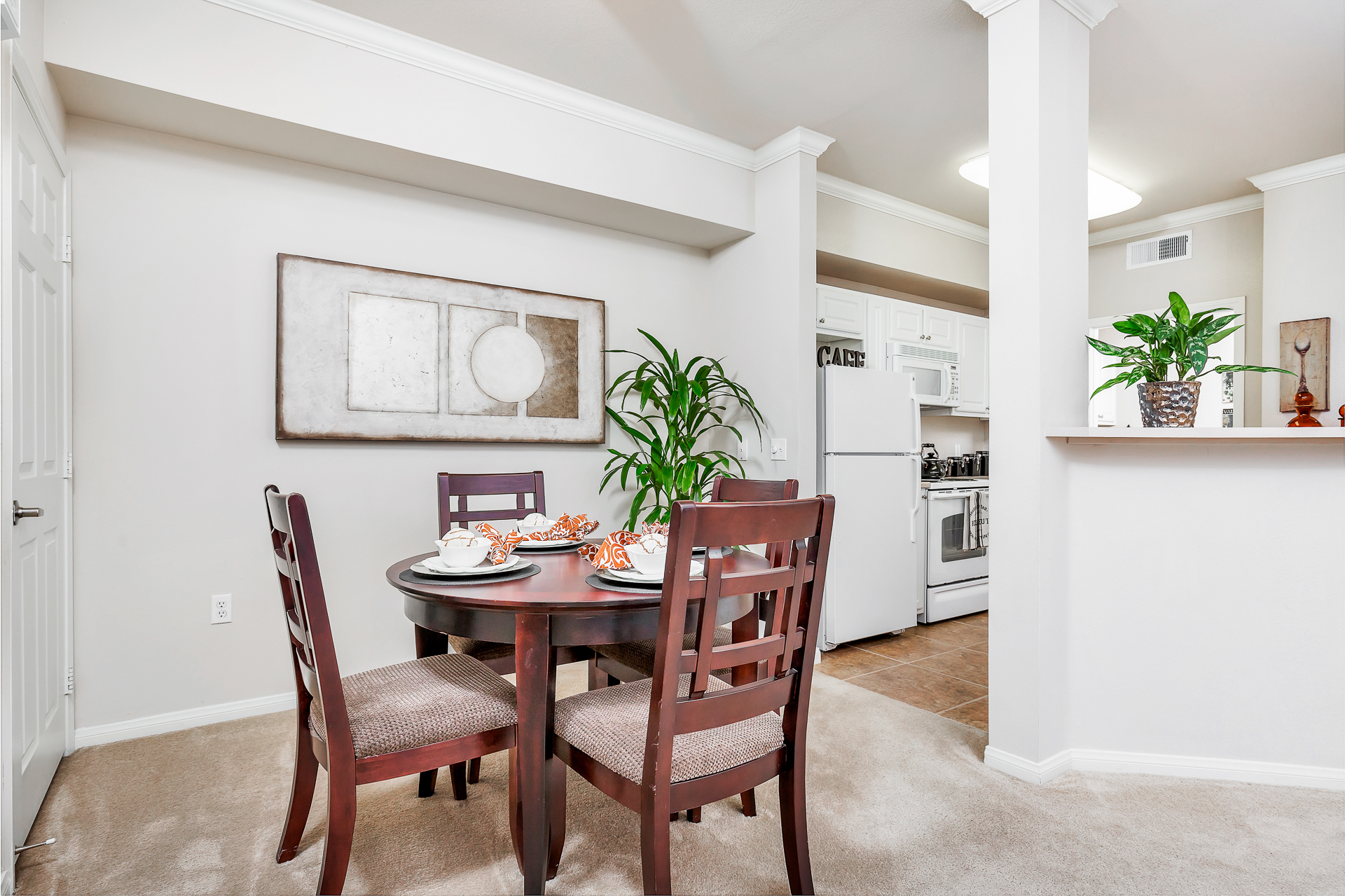 28-Sycamore-Terrace-Apartments-Photo-by-Brad-Ahlm-FairMarketPhoto-FullRes.jpg