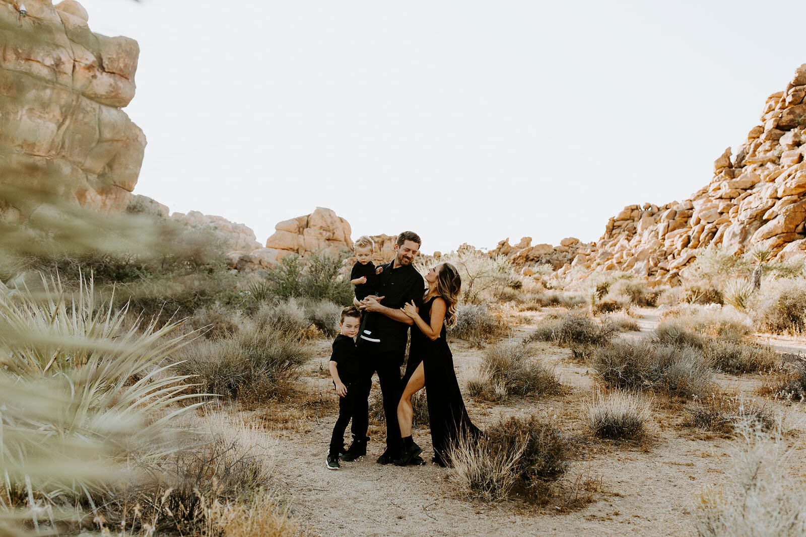 joshua-tree-family-photos-2019-2835.jpg