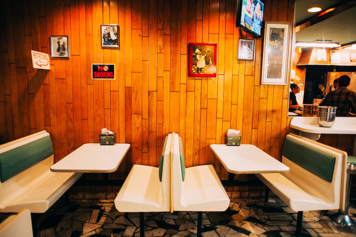 J&V Pizzeria   Bensonhurst