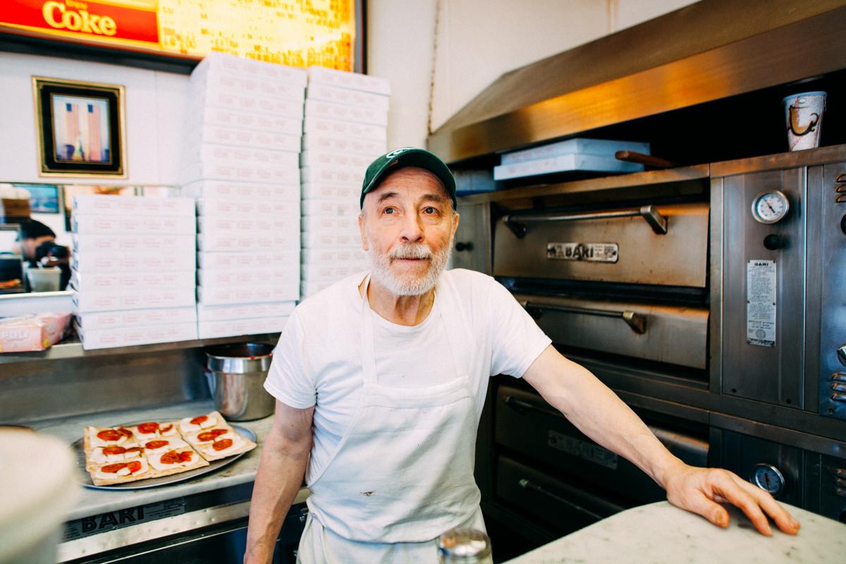 the-new-york-pizza-project-carmines-original-pizza-greenpoint-maker-carmine