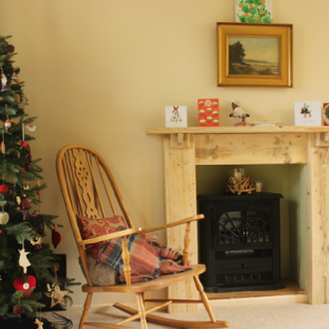 Every home needs a good fireplace at Christmas!