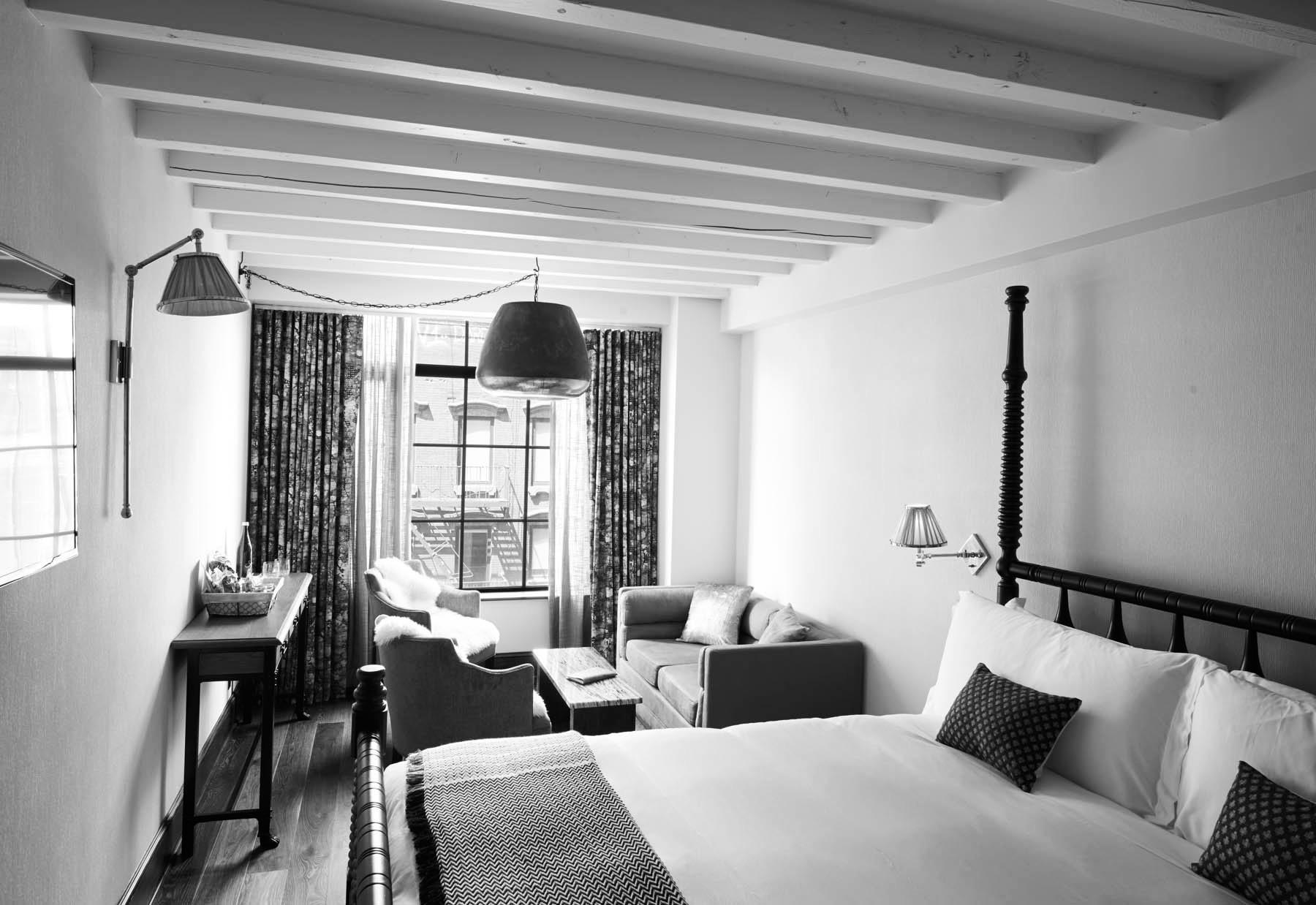 Studio-King.-Ludlow-Suite-bedroom.jpg