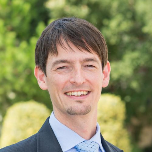 Prof. Sebastian Reiche PhD, IESE