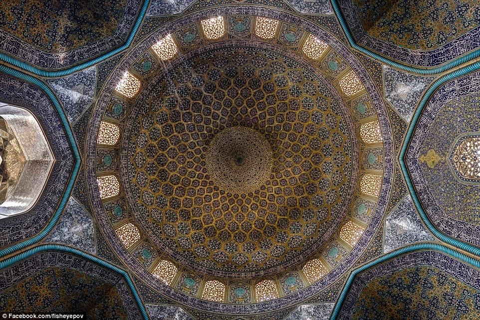 1415957574971_wps_36_Sheikh_Lutfollah_Mosque_i.jpg