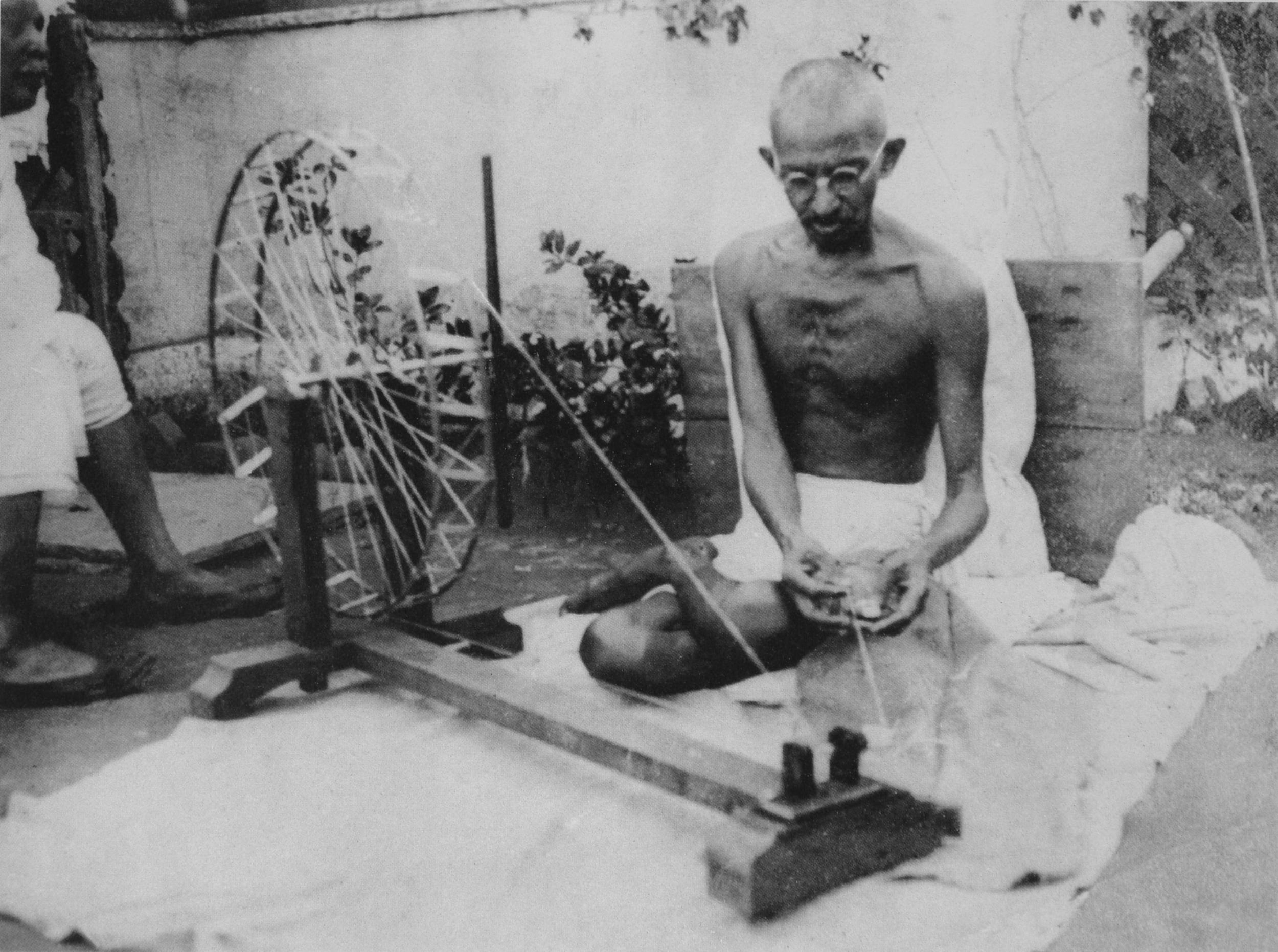 Gandhi_spinning.jpg