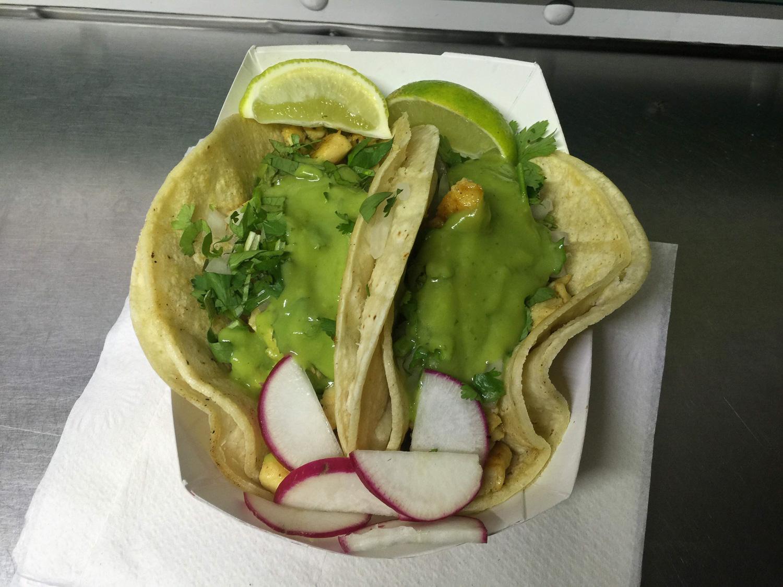 Tacos de oreja (pig ear).