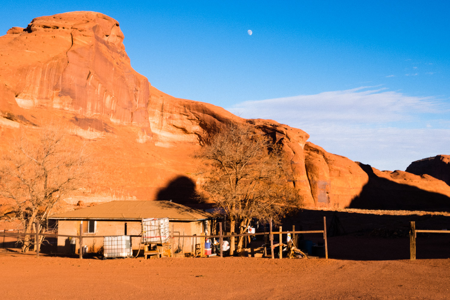 A small Navajo settlement in the valley. There are several hundred people who's ancestral homes are here and still dwell among the sandstone, mostly subsisting off what they make from selling traditional crafts to visitors. I bought sone beautiful silver and topaz jewelry for my Mom and sisters.