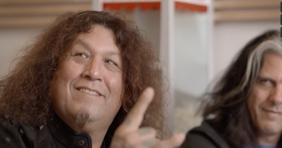 Dreamcatcher Bios - Director: Shannon Kaplun22 m, Documentary Short, CanadaChuck Billy is the lead singer for Testament, one of the first thrash metal bands to put the music genre on the map. Chuck, who is Pomo from California, released over a dozen albums with Testament, but was blindsided by a rare cancer diagnosis in 2001. Chuck shares an inspirational account of his recovery, including a visit from a healer, and how it brought him closer to his bandmates and resurrected his music career.