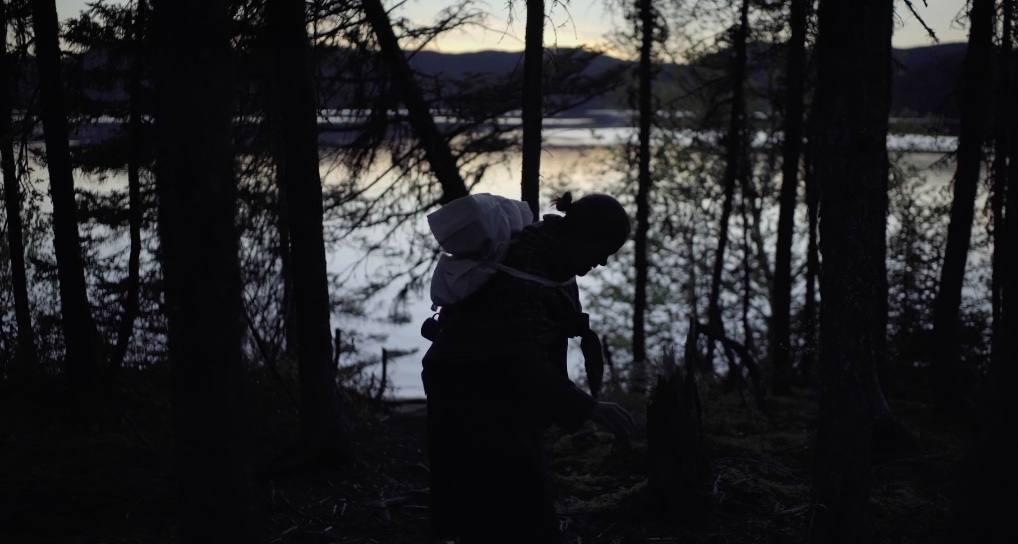Kakatshat - Director: Eve Ringuette8 m, Live Short, CanadaNominated: Best Live ShortIn 1829, while portaging, a young man abandons his kukum (grandmother). Years later, him and his son are camping by the haunted spot where she was abandoned.