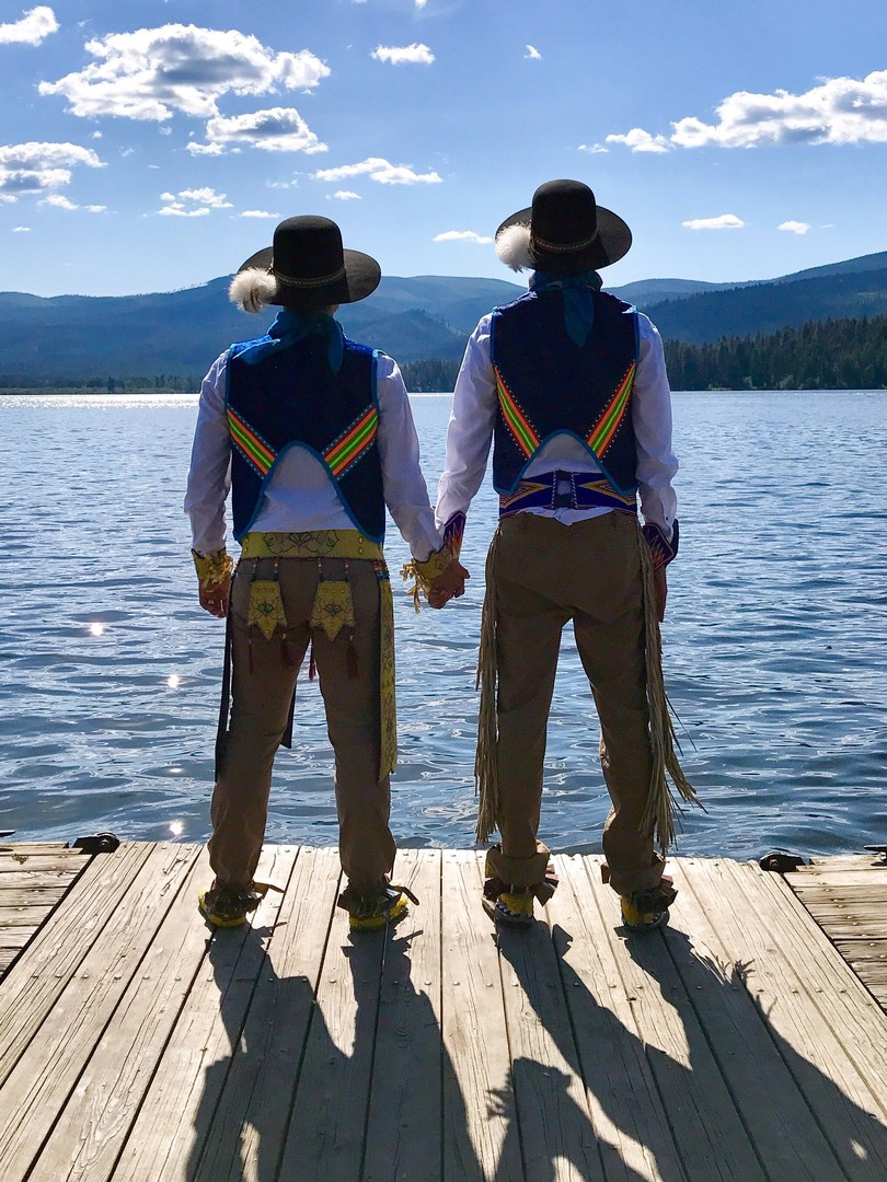 Sweetheart Dancers - Director: Ben-Alex Dupris14 m, Documentary Short, USANominated: Best Documentary ShortSWEETHEART DANCERS is a story about Sean and Adrian, a Two-Spirit couple determined to rewrite the rules of Native American culture through their participation in the