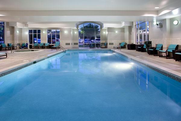Heated-Indoor-Pool-&-Spa-web.jpg