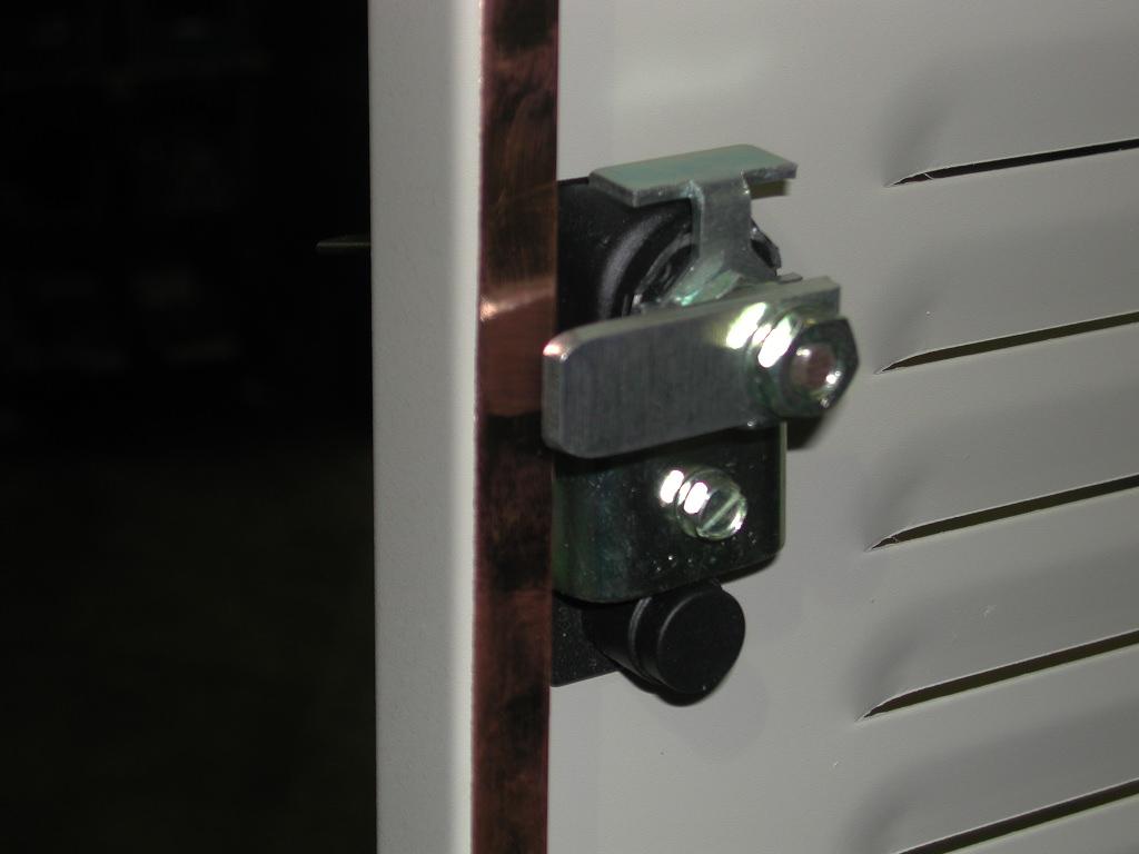 Shielded Enclosures Shielded Racks RFI Cabinets RFI Racks Hopewell Precision Hopewell Junction NY DSCN1456.JPG