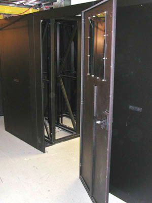 Metal Enclosures Hot Cold Hopewell Precision NYDSCN2177.jpg