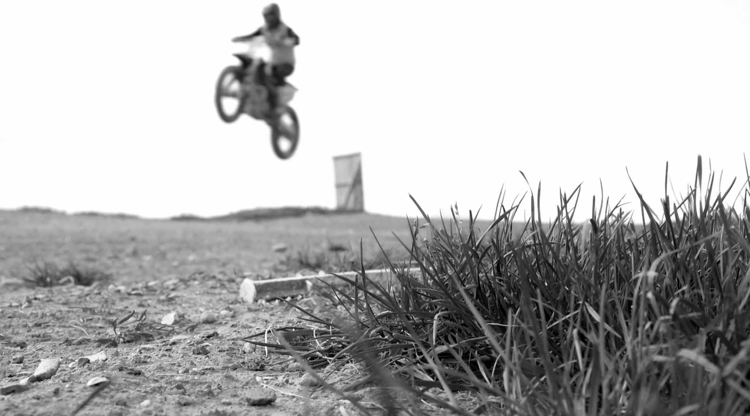 leah-mx-jump.jpg