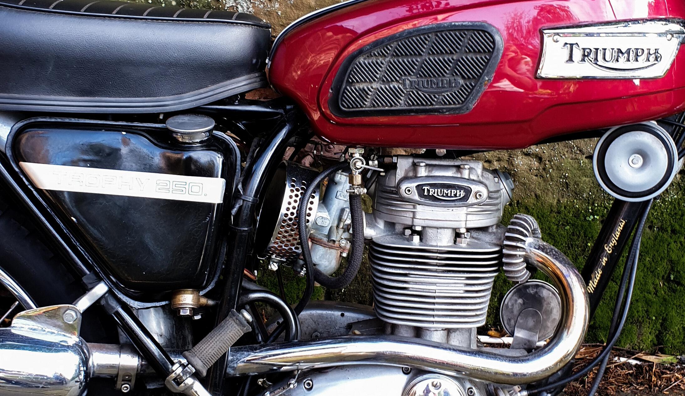 T25 engine close up.jpg