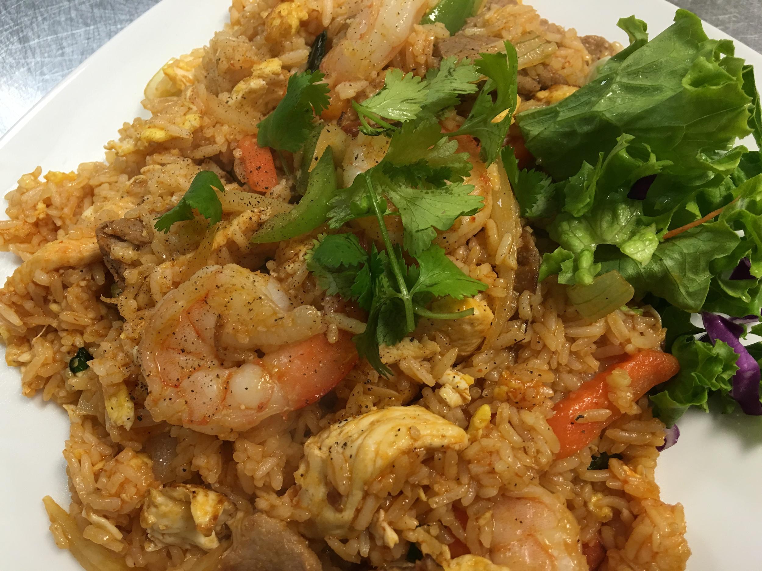 Spicy Basil Fried Rice - Shrimp