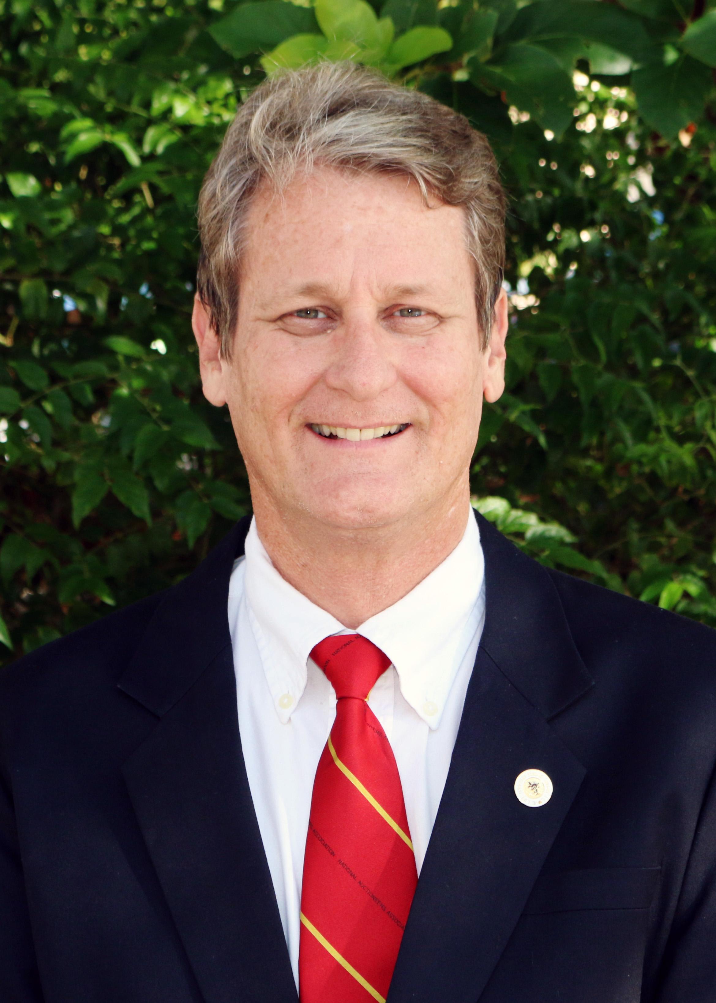 Neal Vanderee