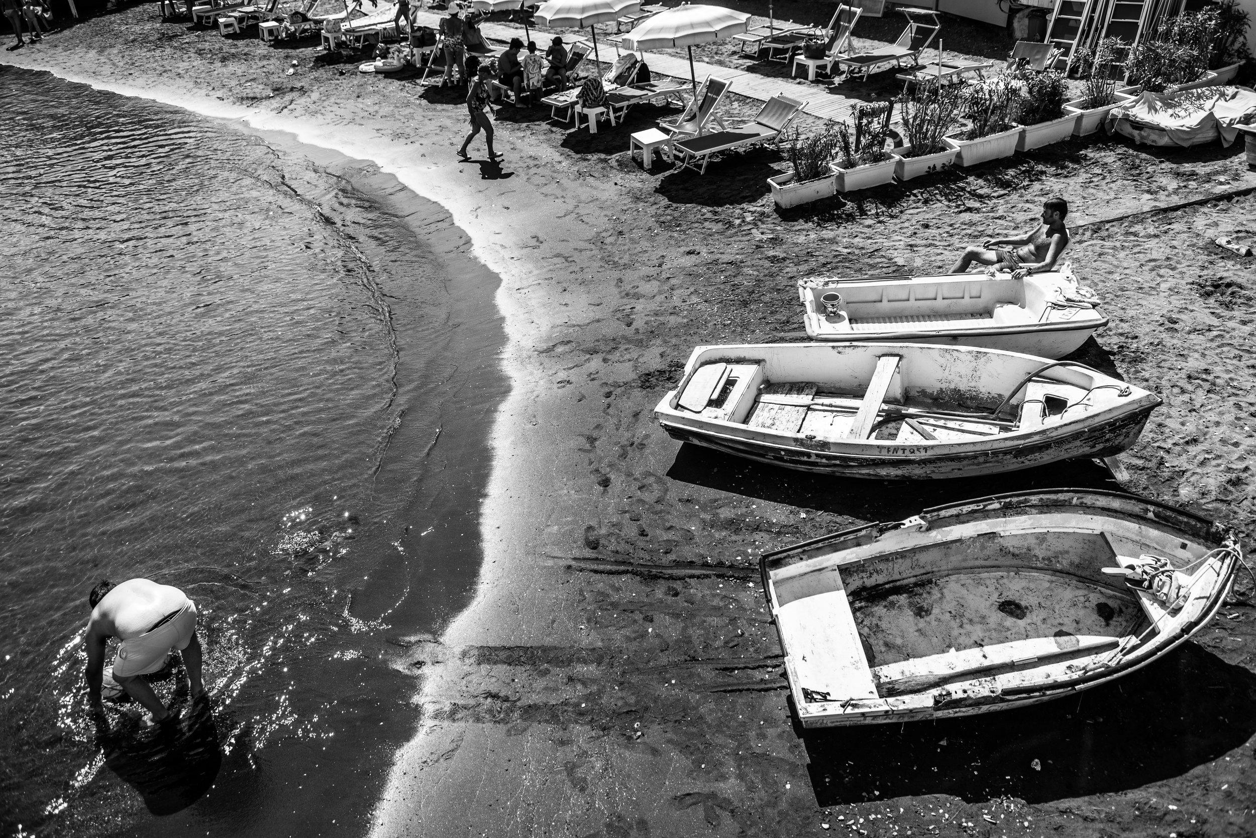 Sorrento Beach Scene.jpg