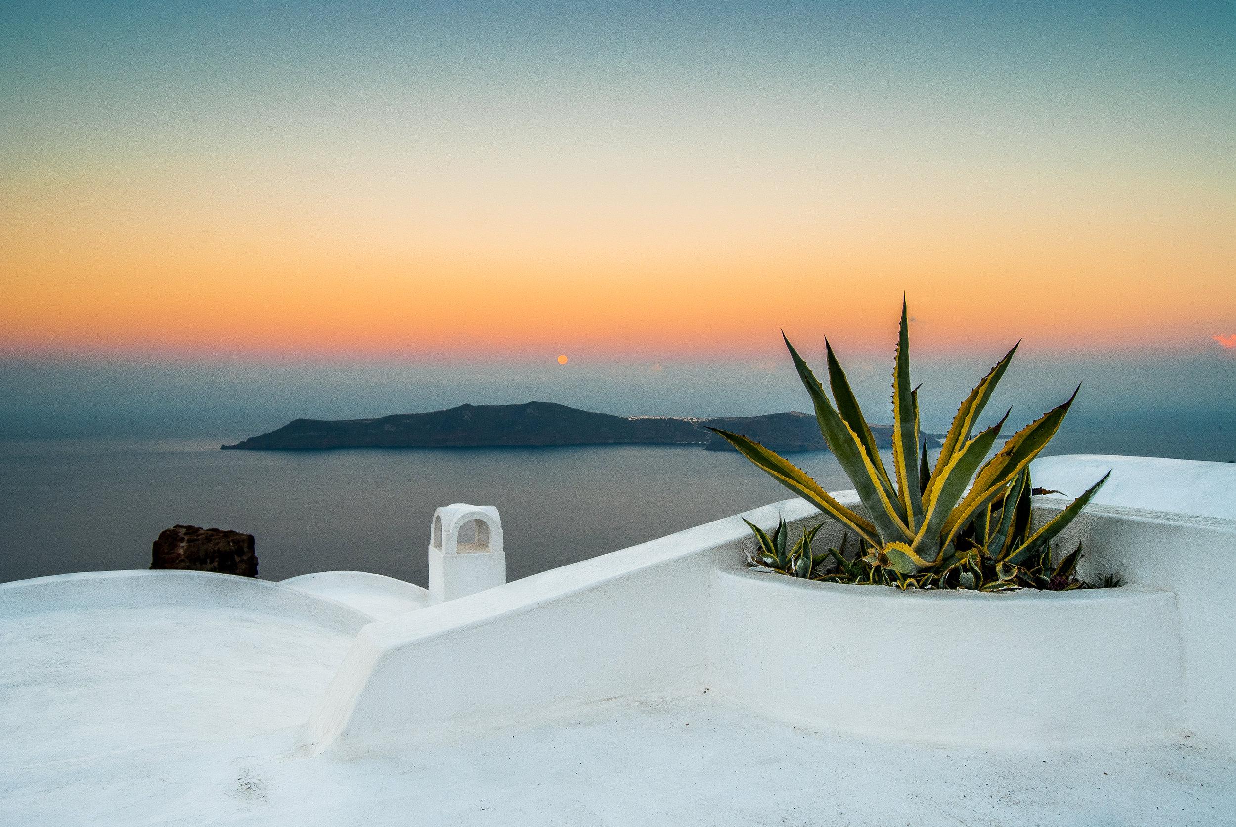 Santorini Supermoon(website).jpg