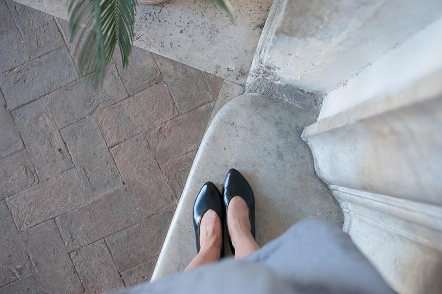Emilie Anne Szabo Glove Flat in Black