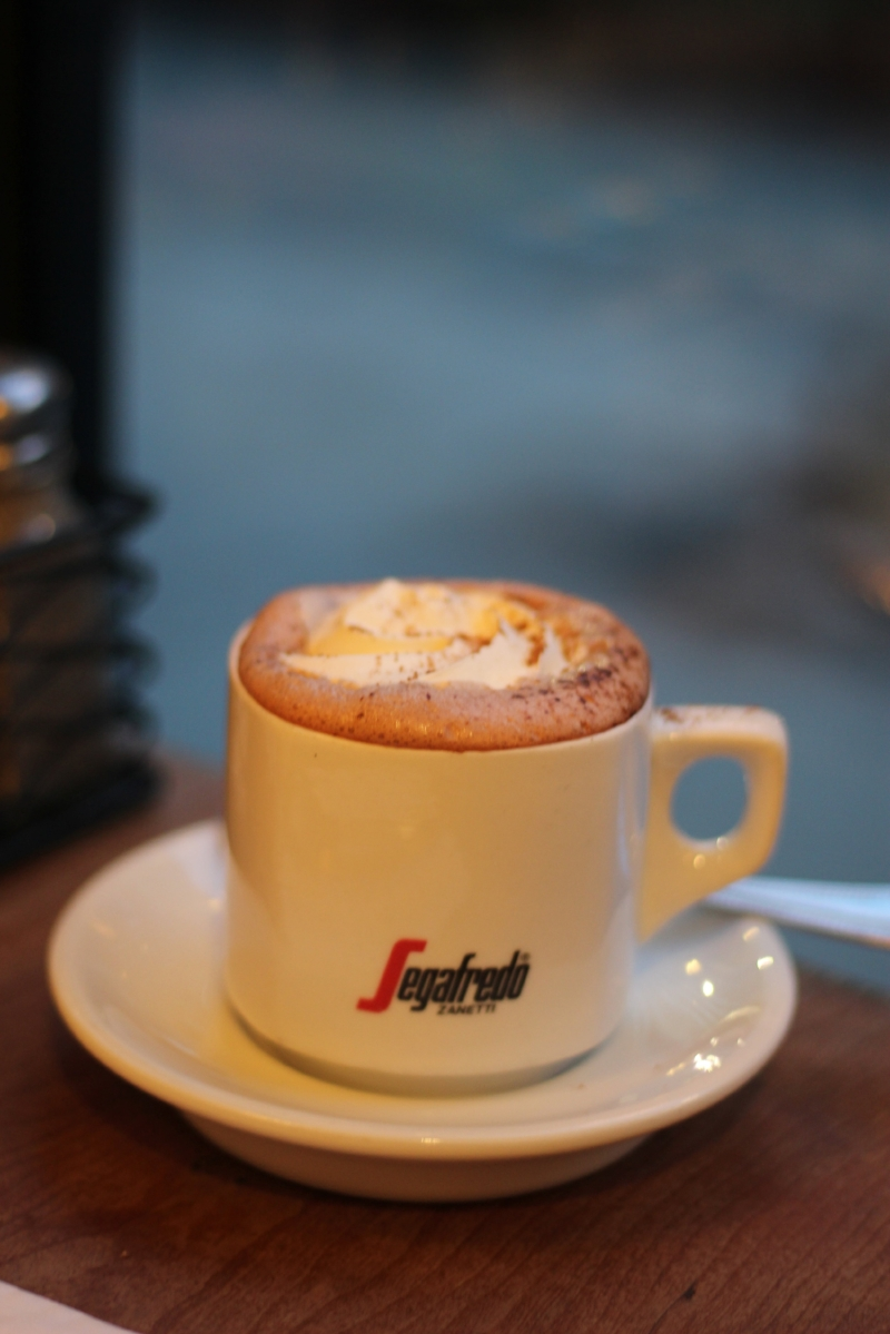 Gennifer Rose - Hot Coco at Clarks in Brooklyn Heights