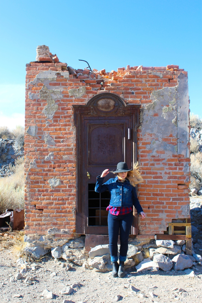 Gennifer Rose - The Ghost Town of Bodie