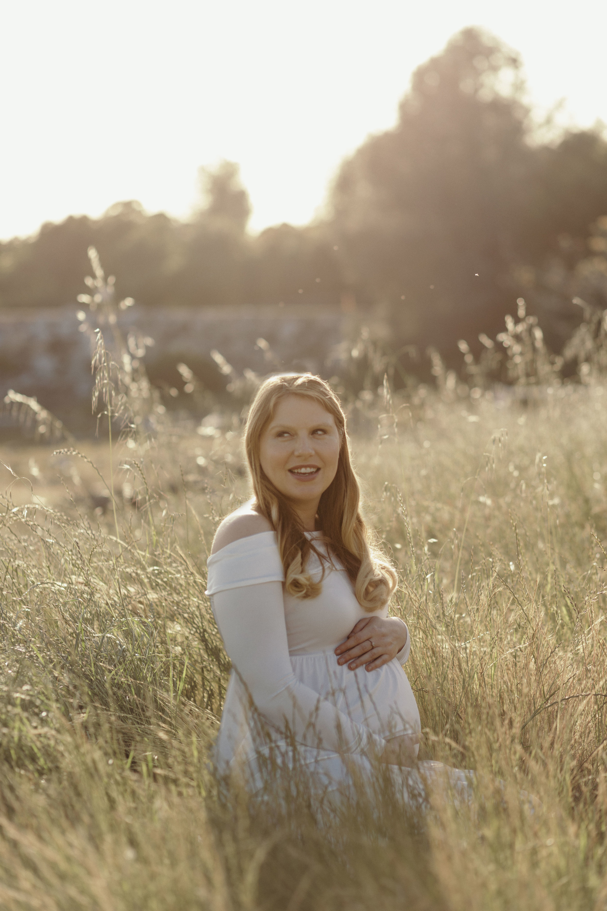 Gennifer Rose - Top 10 Tips to Planning Your Maternity Photos
