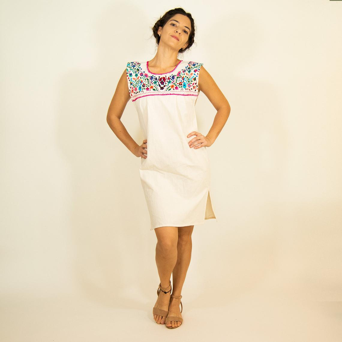 Hand Embroidered Mexican Loose Dress By Kantedecor