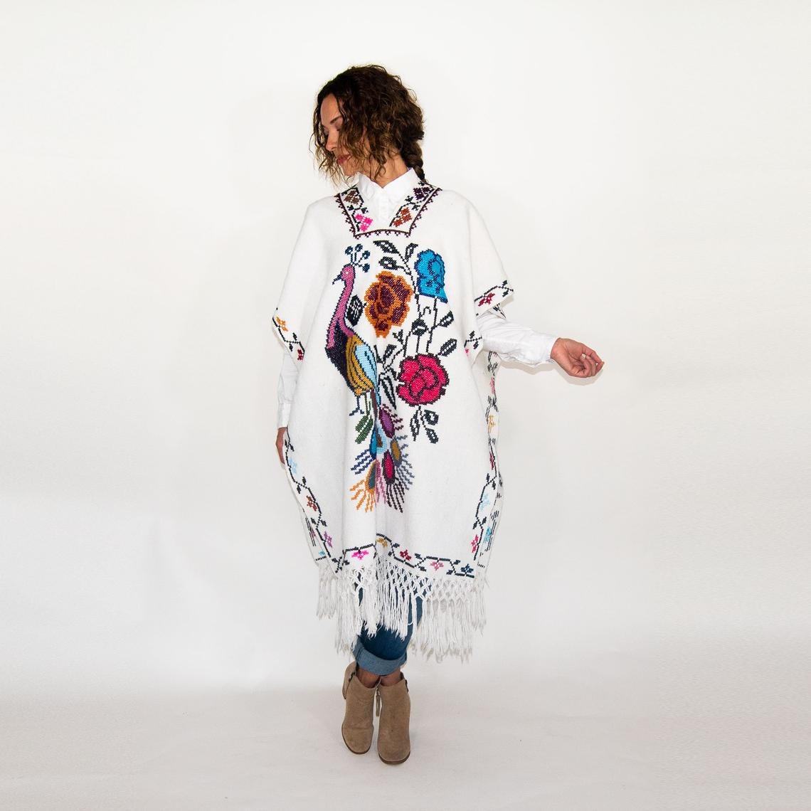 White Wool Embroidered Mexican Poncho By Kantedecor