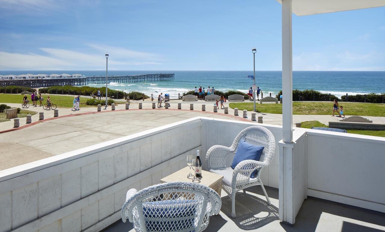 Pacific View Inn -