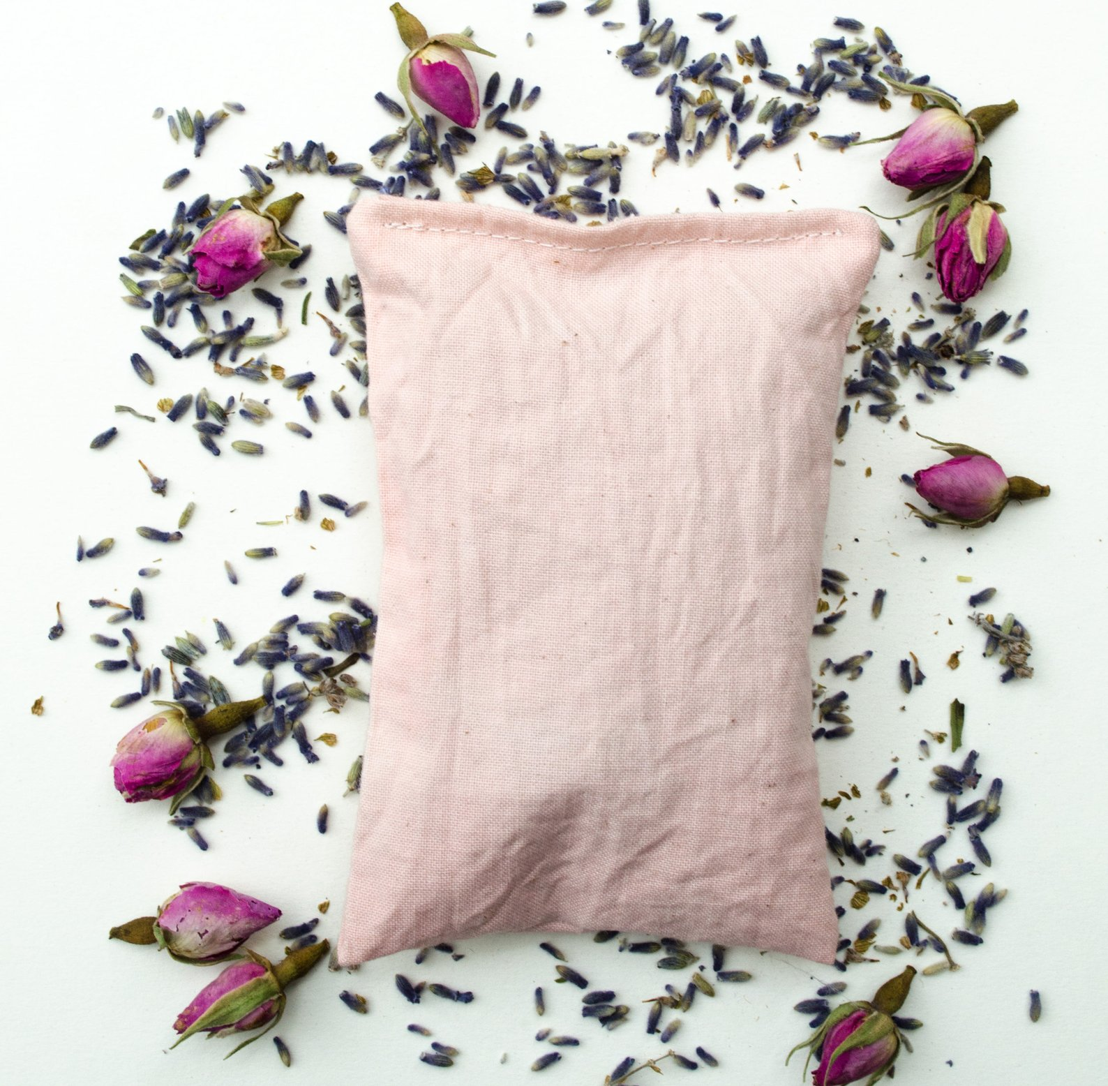 Herbal Sleep Sachet By La Aquarelle