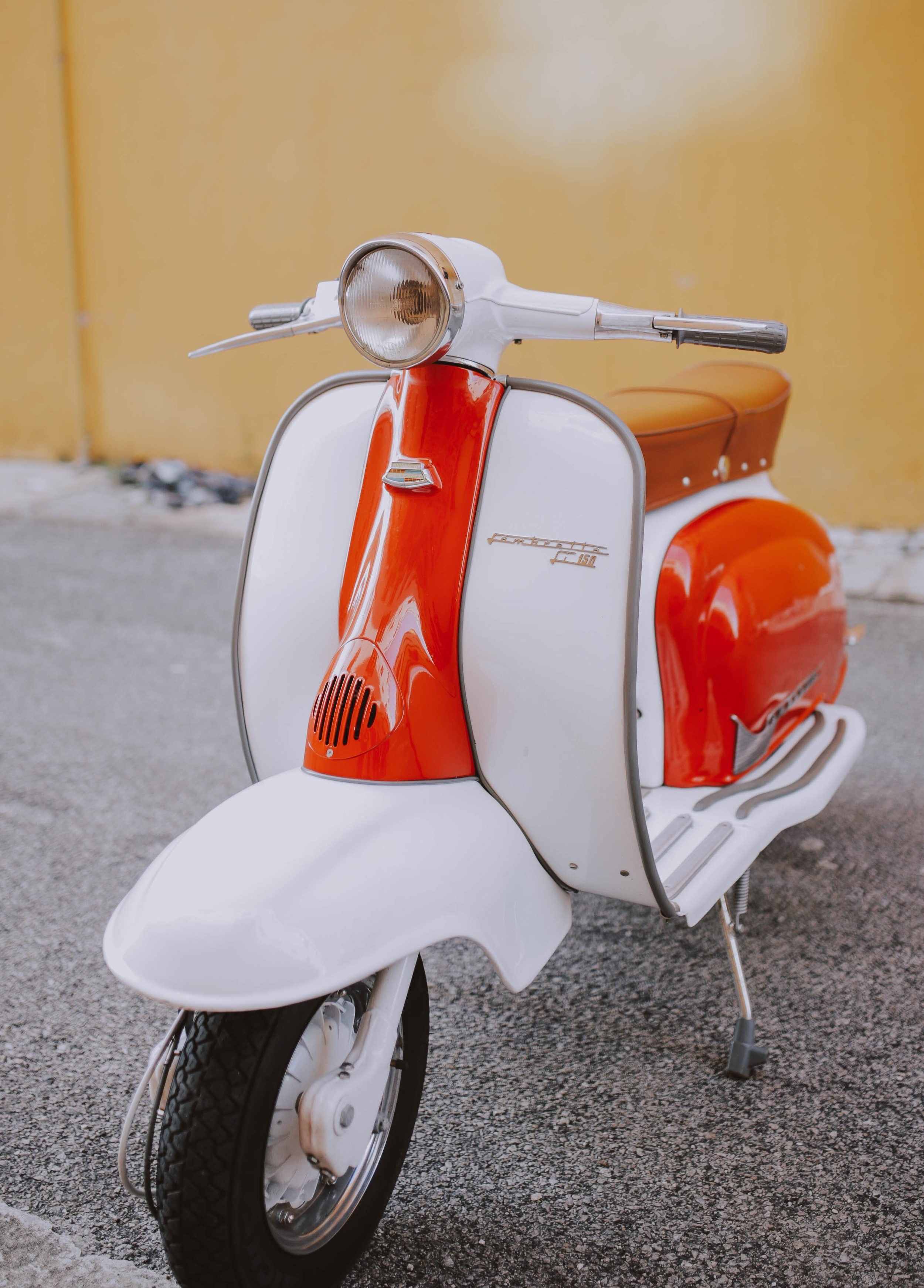 Vintage Vespa Rentals in Palm Springs - These vintage Vespa's are real vintage 1960's models. While they have been completely restored, riding one is like a complete time warp, back to what it was like cruising down Palm Canyon Blvd, in say, - 1967.