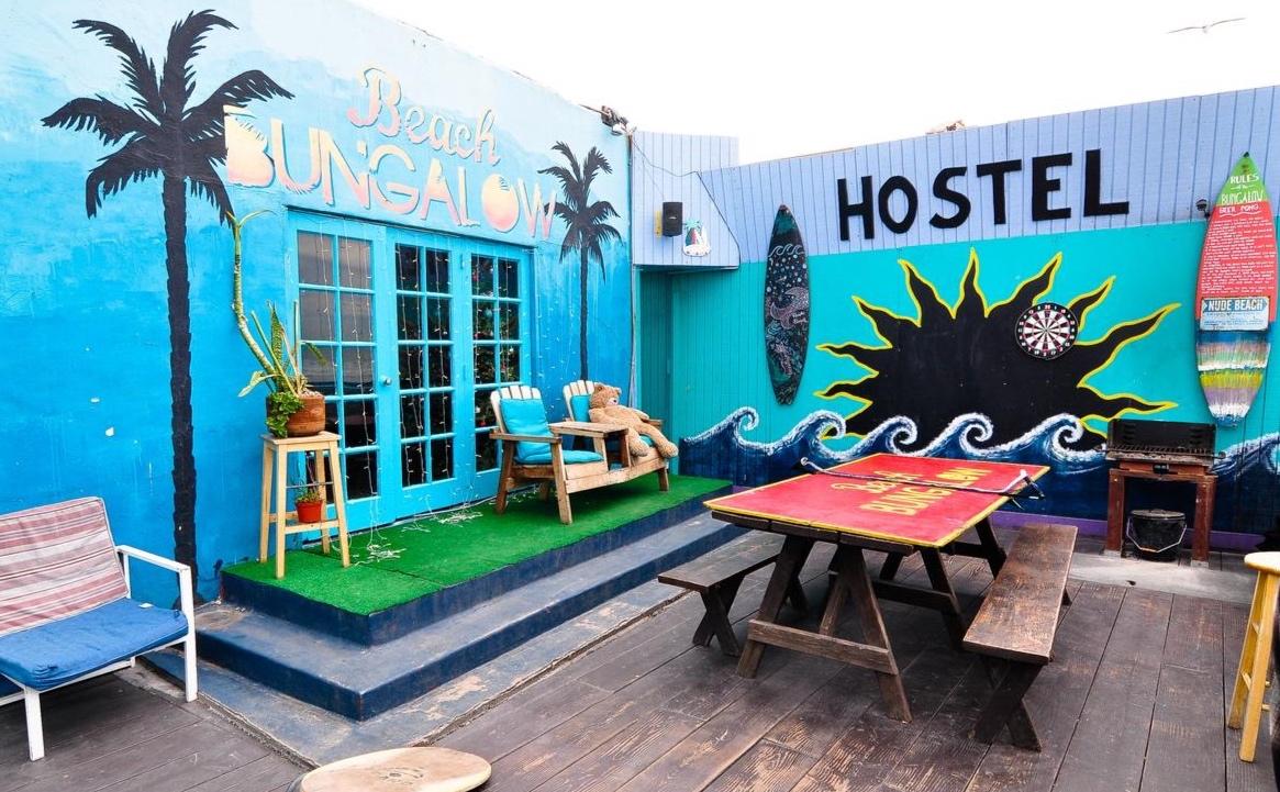 Beach Bungalow Surf Hostel -